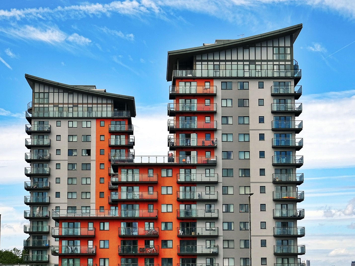 How Can Property Managers Use Technology to Attract and Retain Tenants